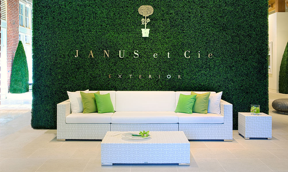 Image Slideshow Image: Janus Showroom3
