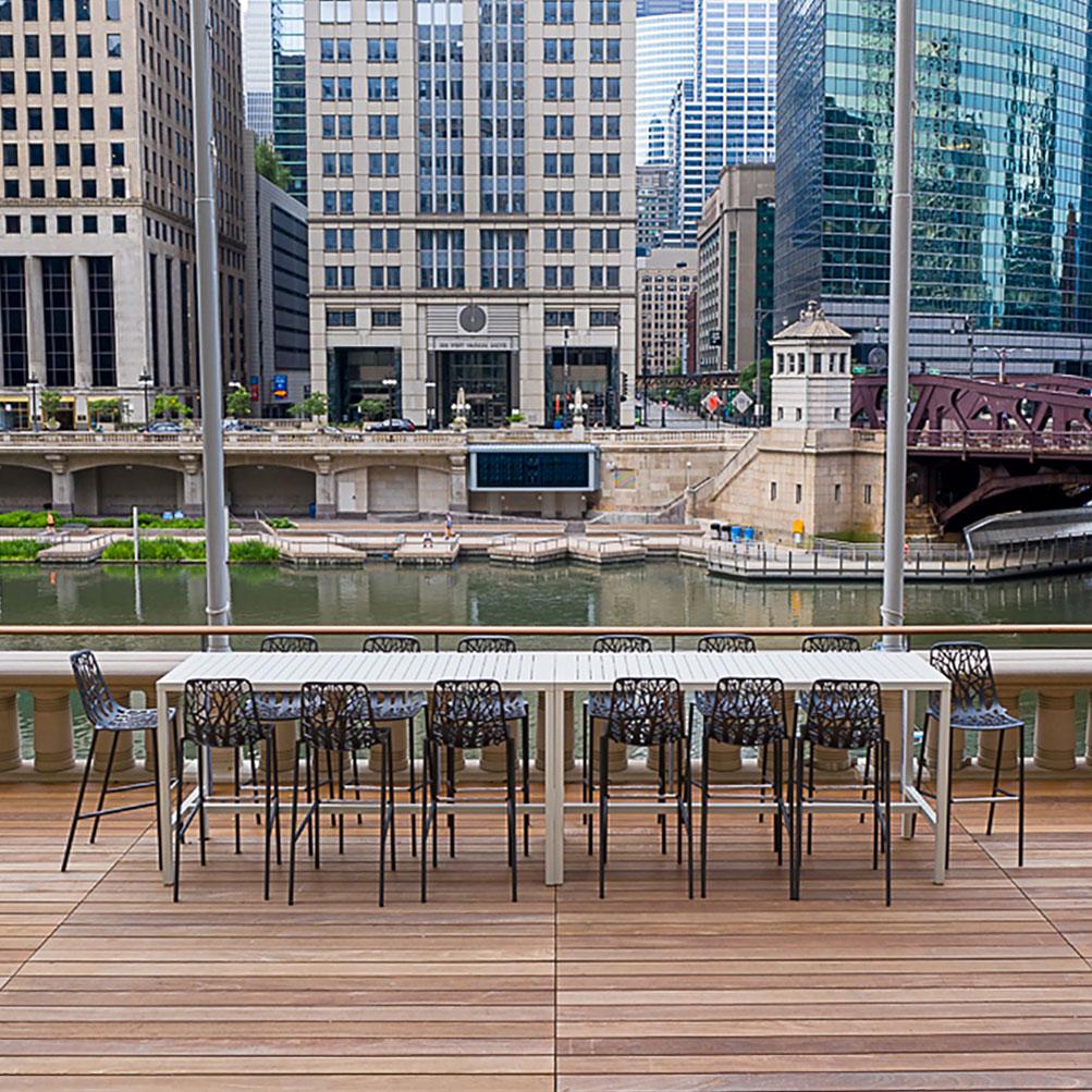 Image Slideshow Image: MerchandiseMartPlaza Chicago IL 023