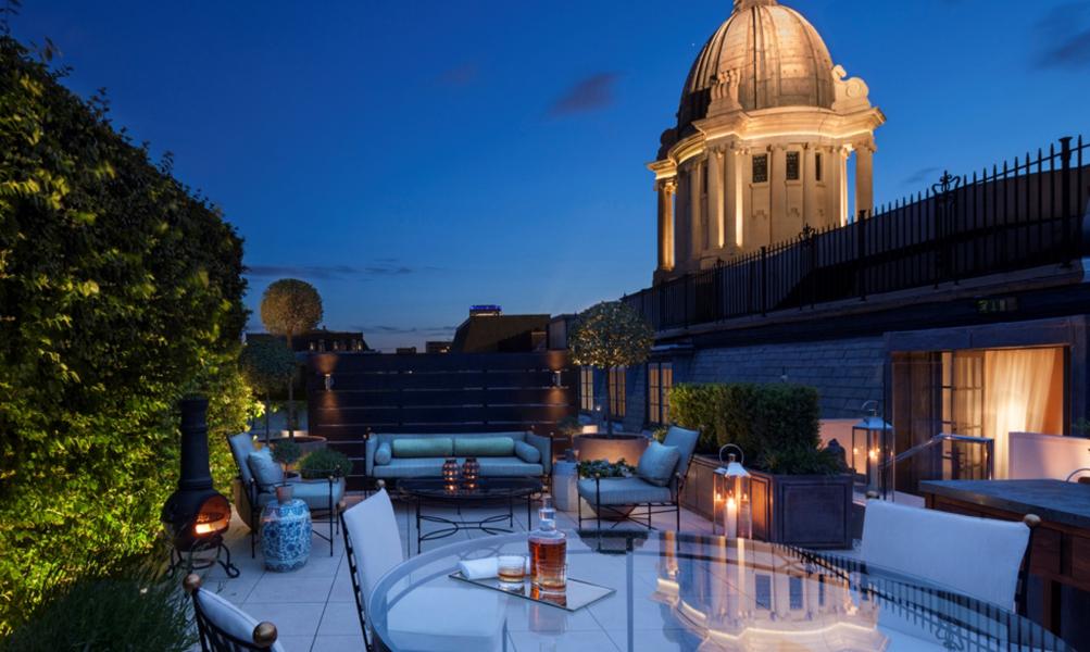 Image Slideshow Image: Rosewood London Garden House Suite