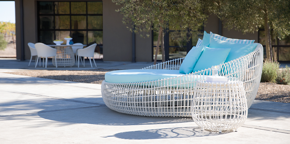 New for Spring 2016: Vino Daybed