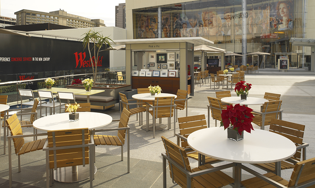 Image Slideshow Image: Westfield DiningTerrace 001