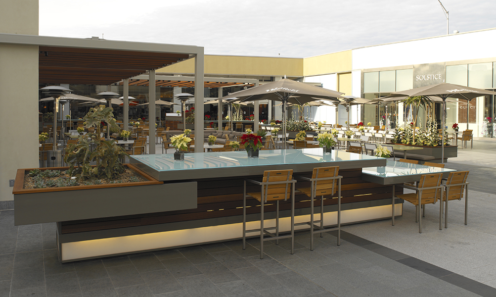 Image Slideshow Image: Westfield DiningTerrace 005